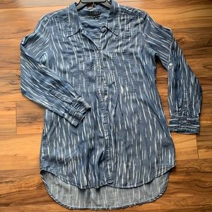 ZoZo Chambray button down long Sleeve tunic S